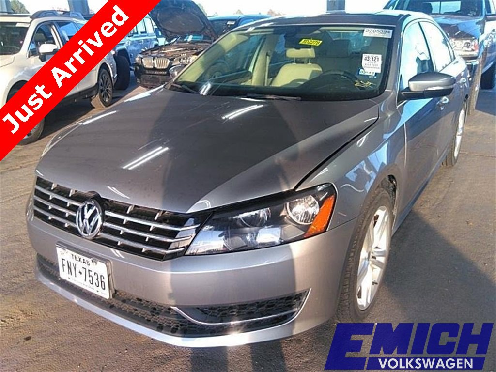 2014 Volkswagen Passat TDI SE image