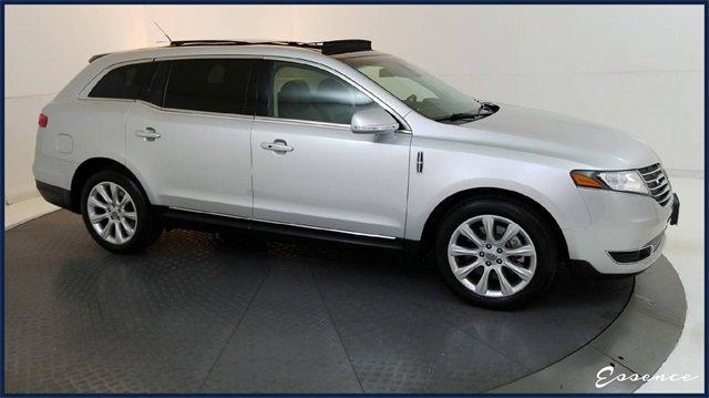 2019 Lincoln MKT AWD image