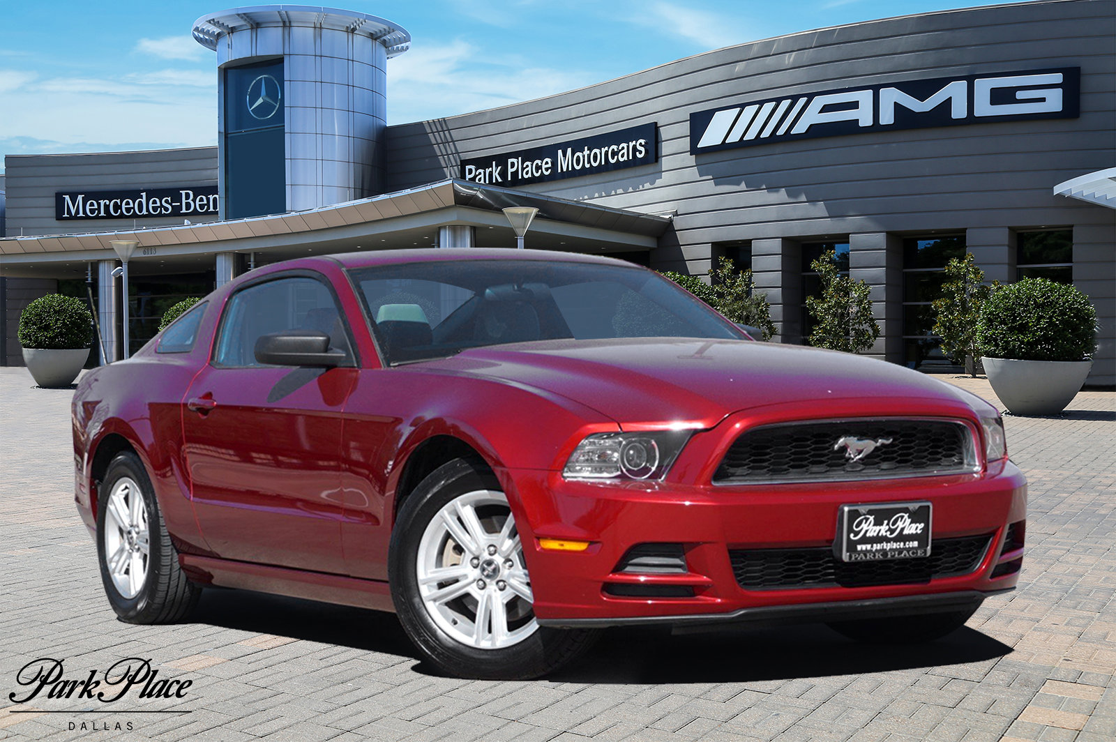 2014 Ford Mustang Coupe image