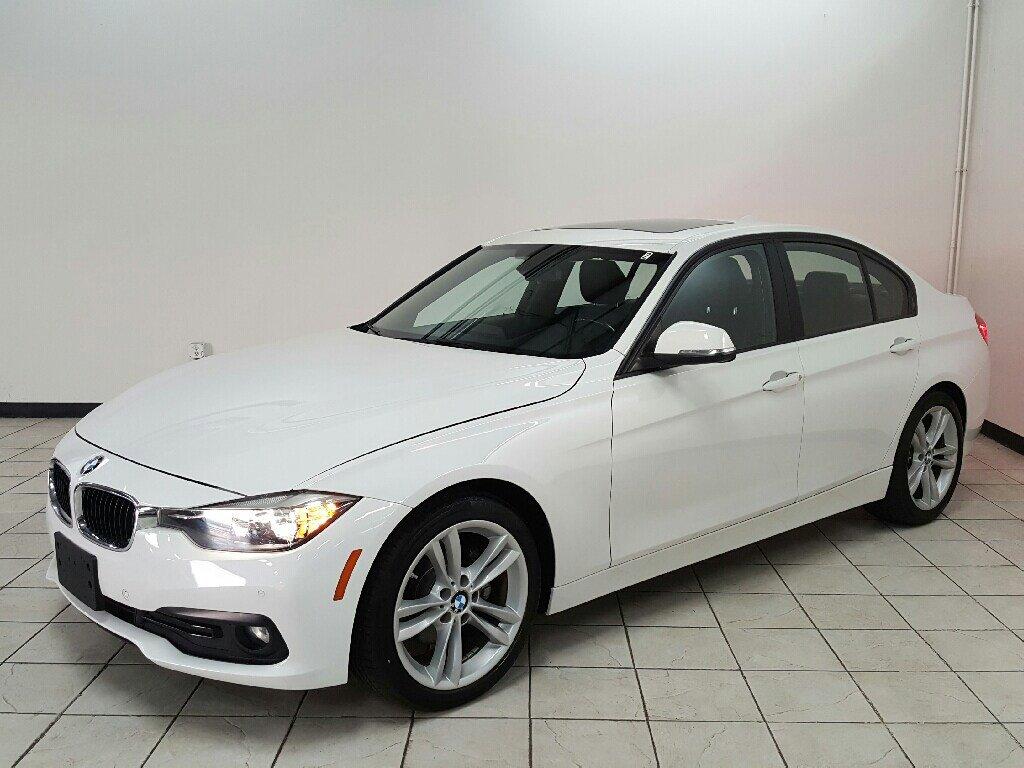 2016 BMW 320i Sedan image