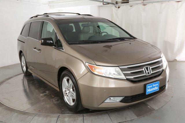 2012 Honda Odyssey Touring Elite image