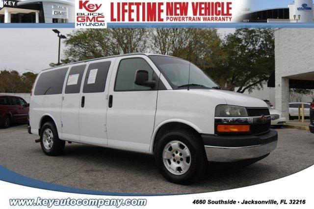 2013 Chevrolet Express 1500 LT Passenger image