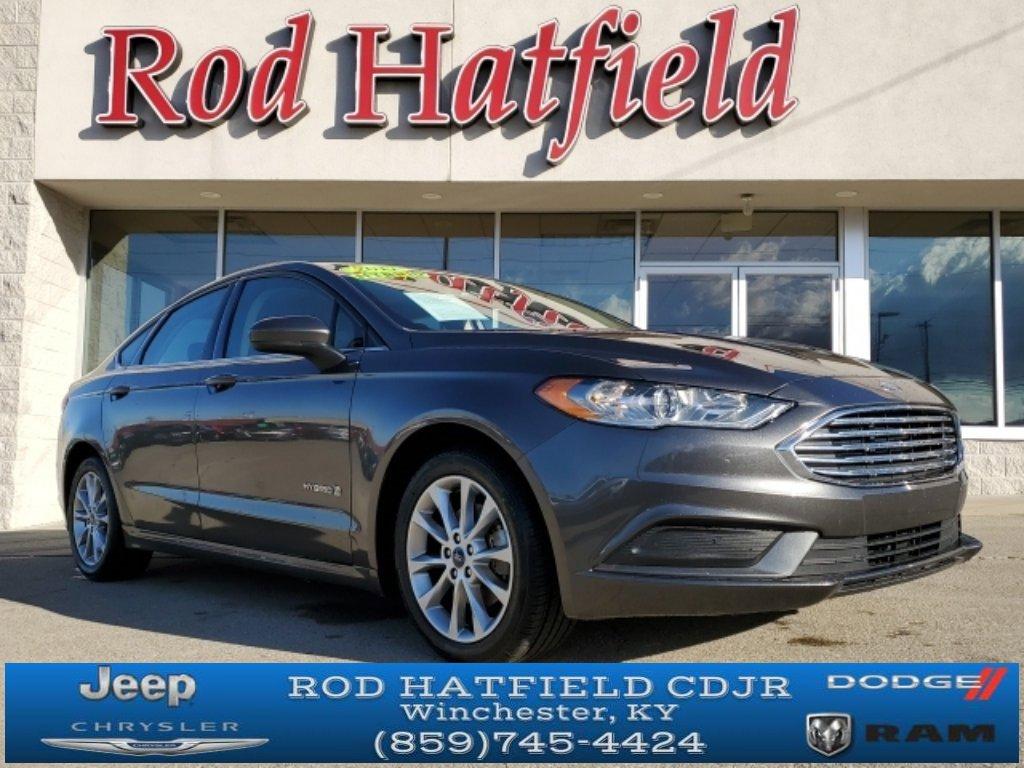 2017 Ford Fusion SE Hybrid image