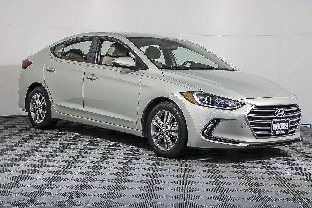 2017 Hyundai Elantra SE image