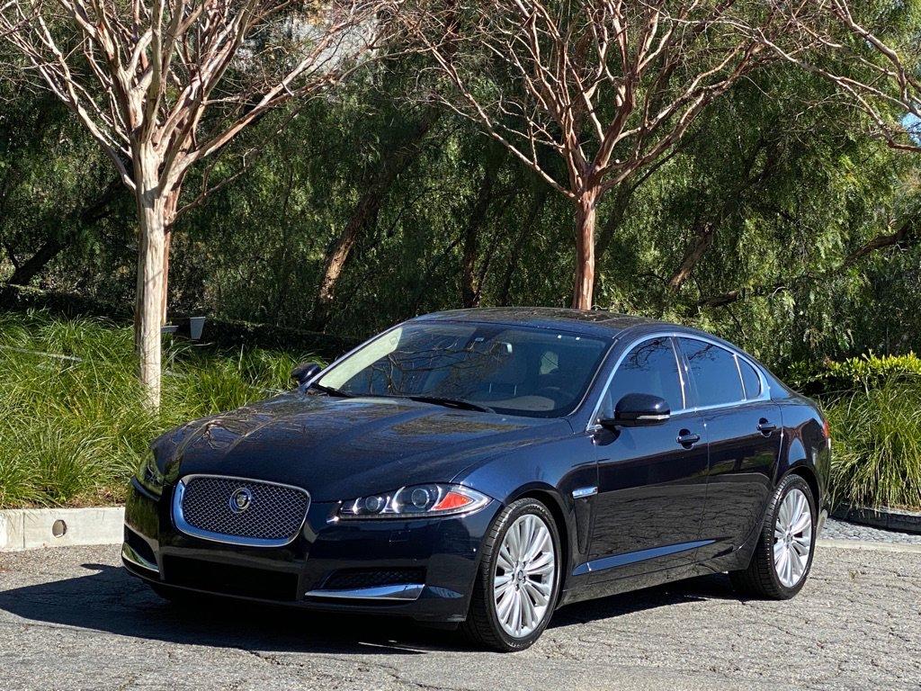 2012 Jaguar XF Portfolio image