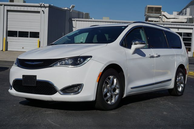 2018 Chrysler Pacifica Limited image