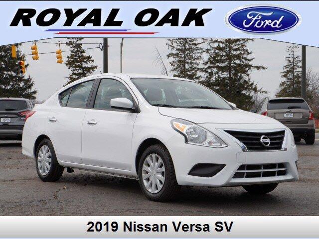 2019 Nissan Versa 1.6 SV image
