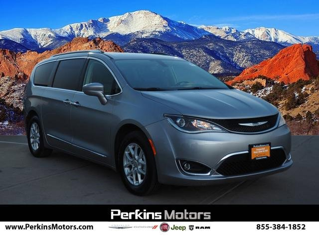 2020 Chrysler Pacifica Touring-L image