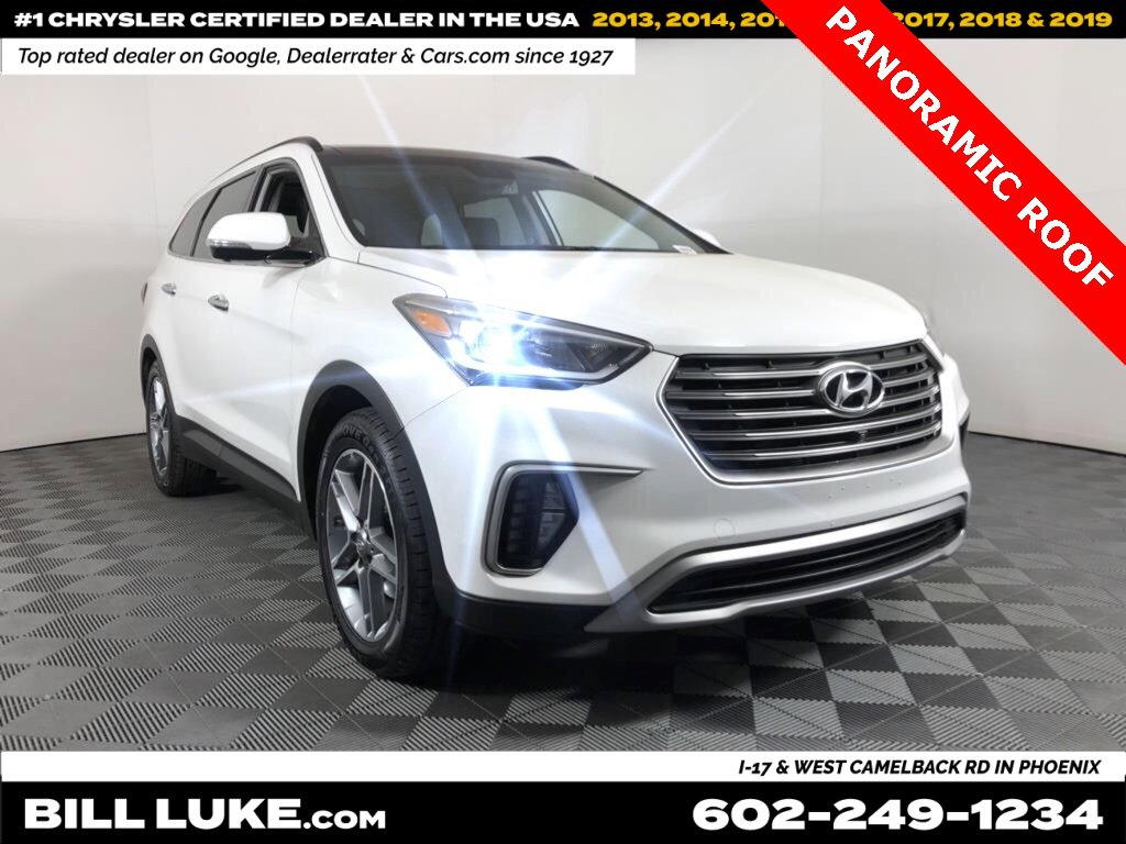 2017 Hyundai Santa Fe SE w/ Ultimate Package image