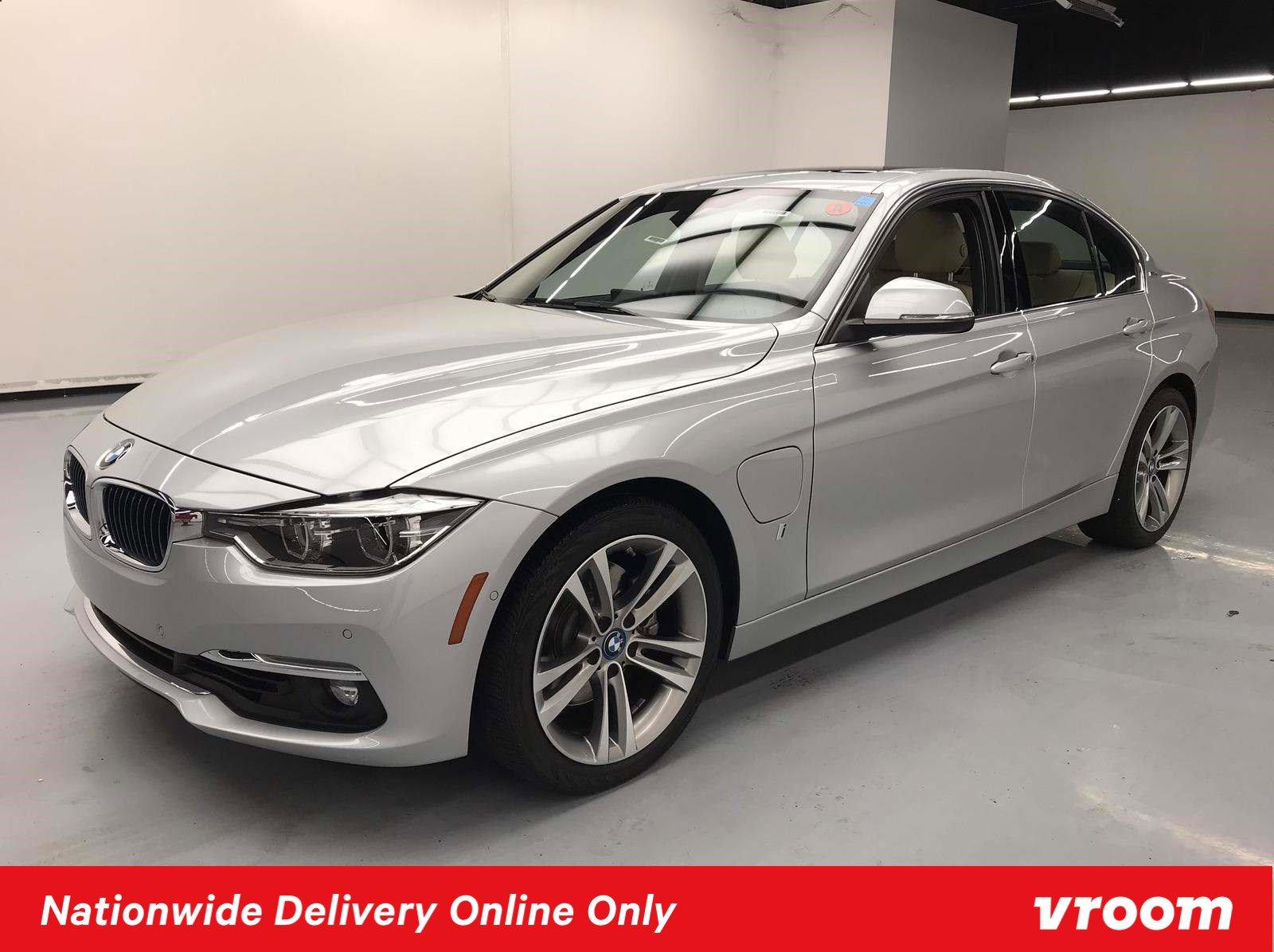 2017 BMW 330e  image