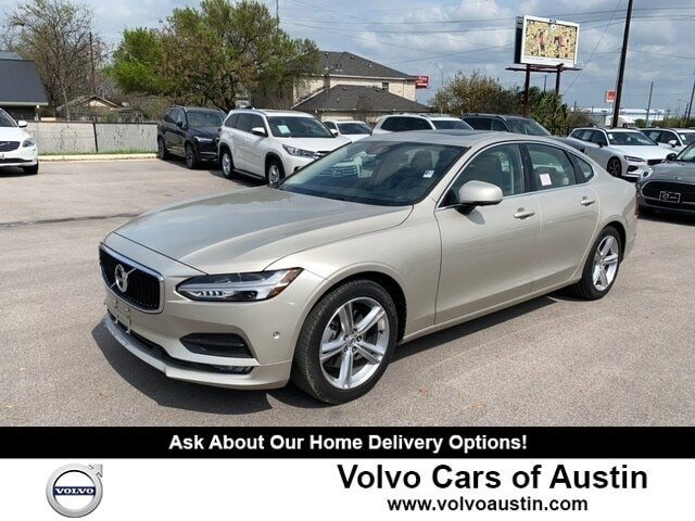 2017 Volvo S90 T5 Momentum w/ Vision Package image