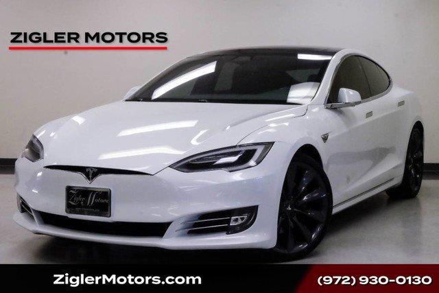 2016 Tesla Model S AWD image
