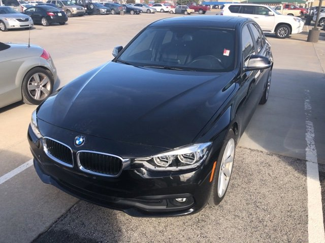 2018 BMW 320i xDrive Sedan image