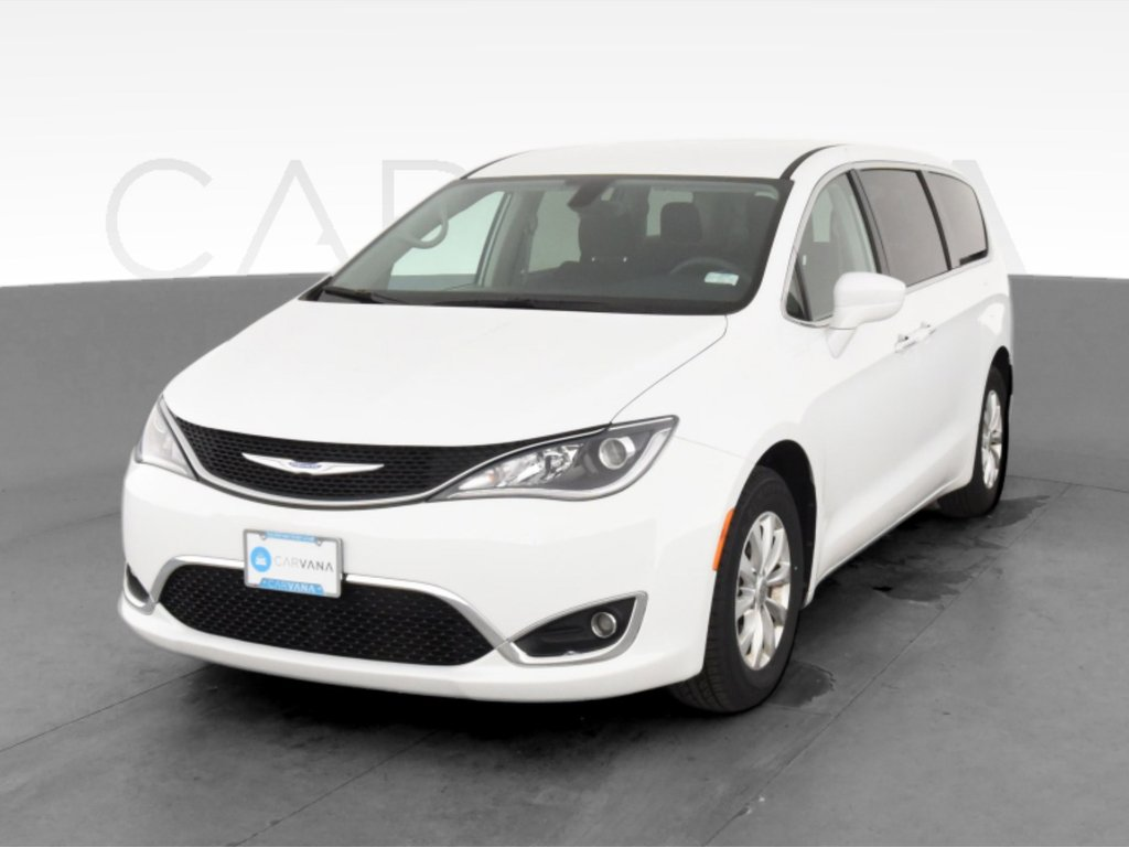 2018 Chrysler Pacifica Touring Plus image