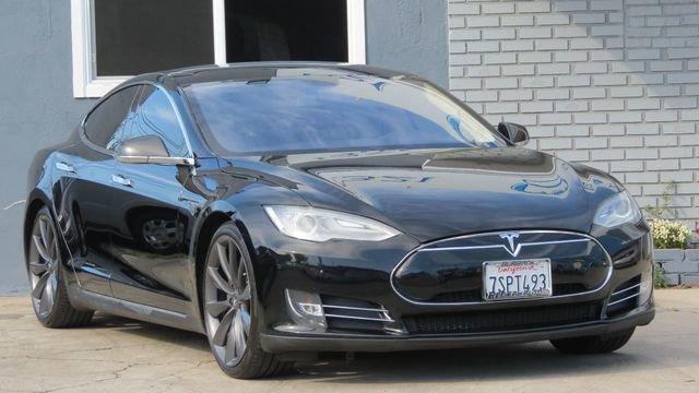 2013 Tesla Model S Performance image