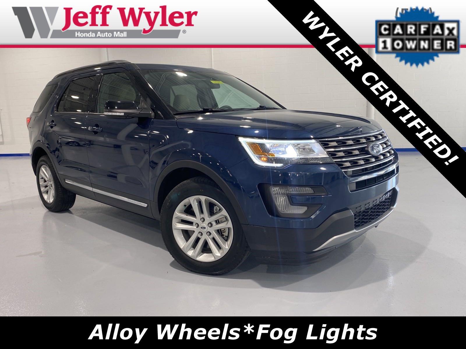 2017 Ford Explorer FWD XLT image