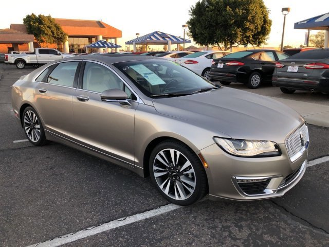 2018 Lincoln MKZ Select image