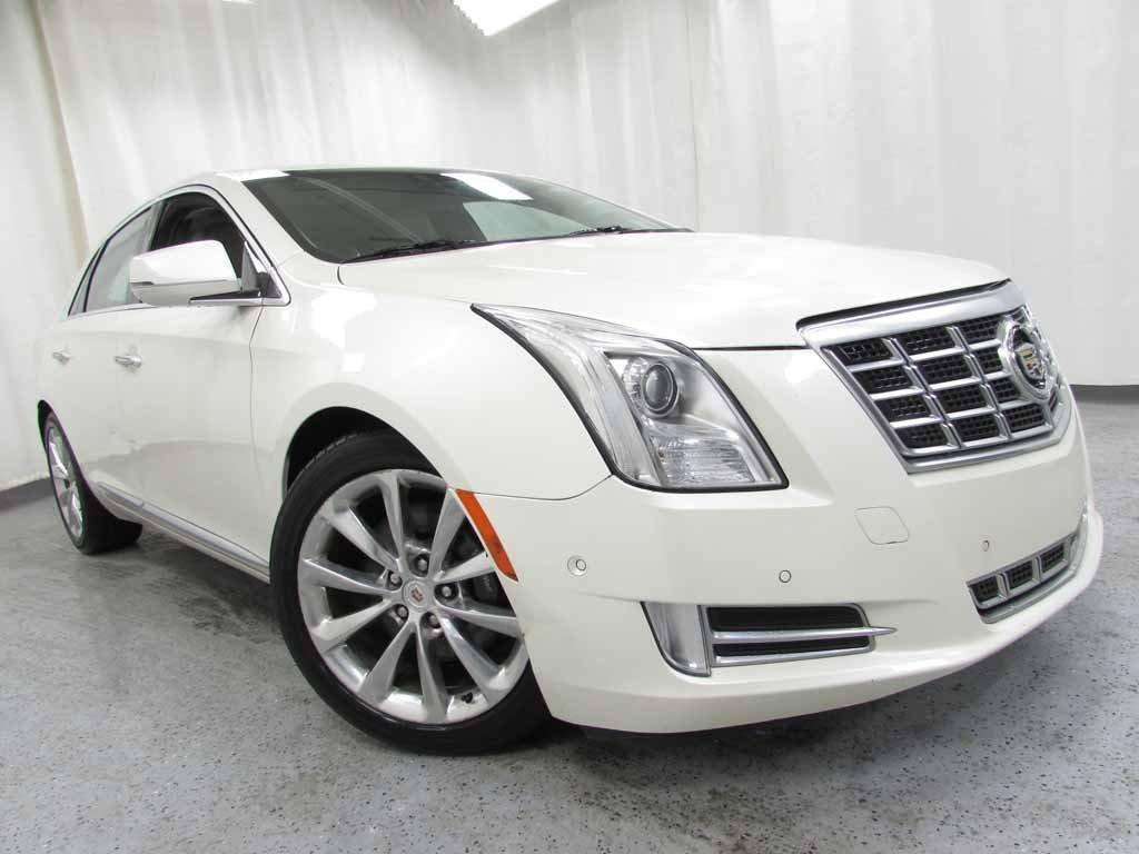 2014 Cadillac XTS Luxury image