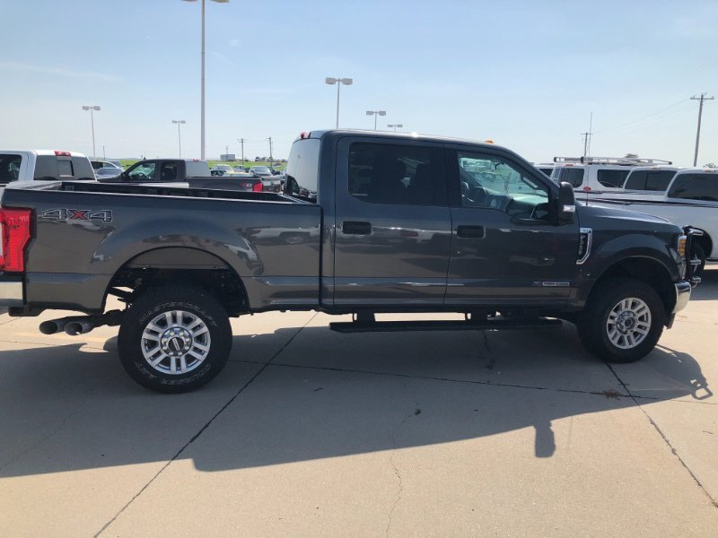2017 Ford F350 XLT image