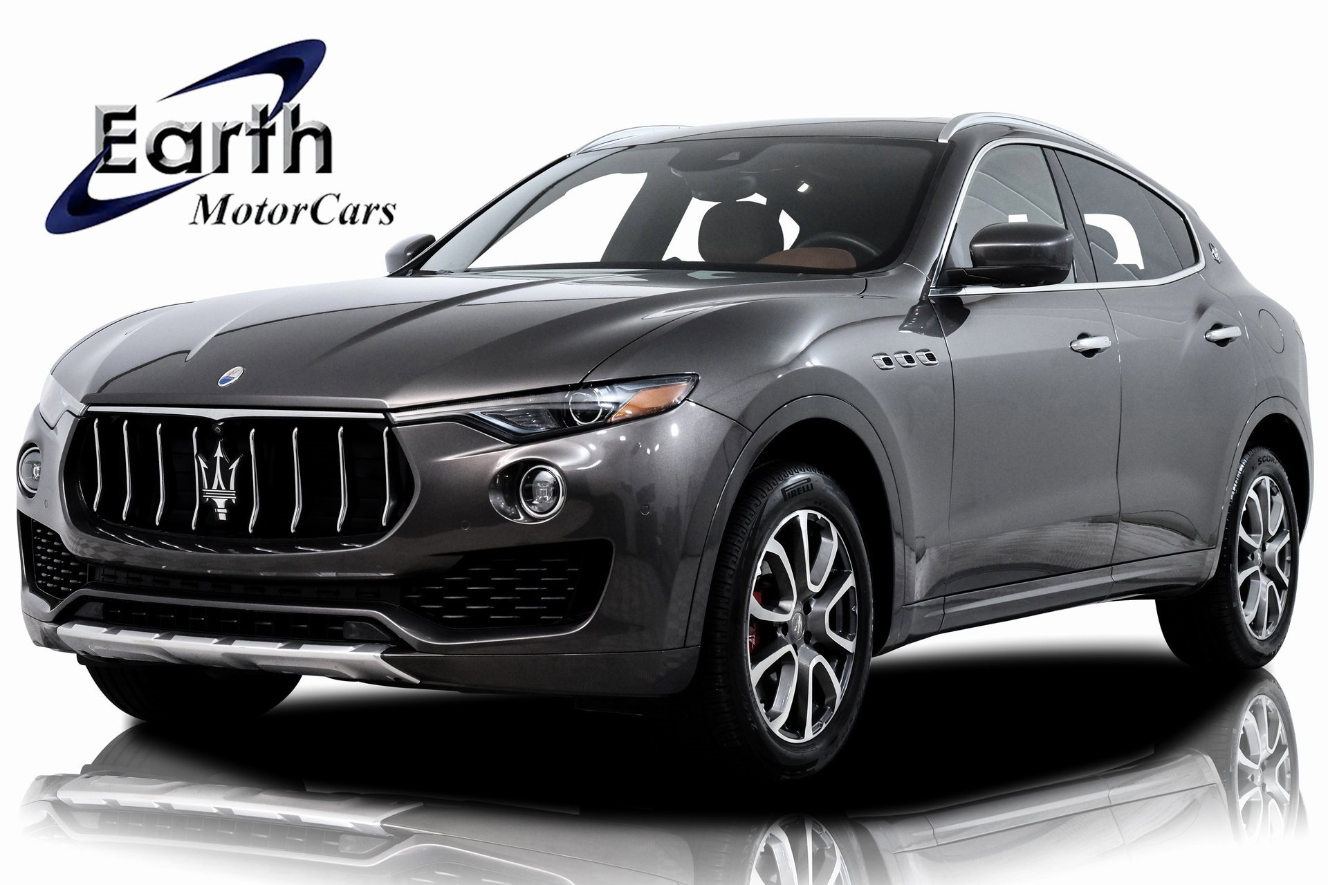 2017 Maserati Levante w/ Luxury Package image