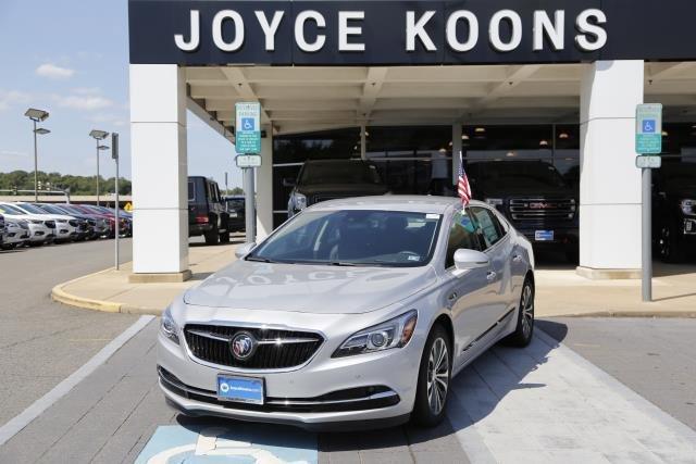 2017 Buick LaCrosse Premium image