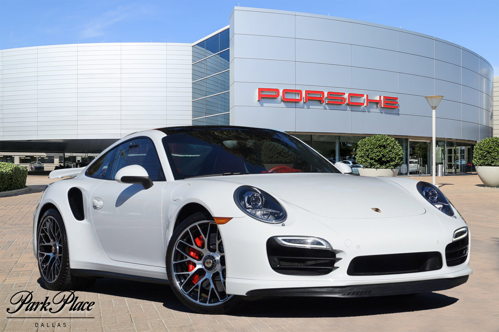 2015 Porsche 911 Turbo image