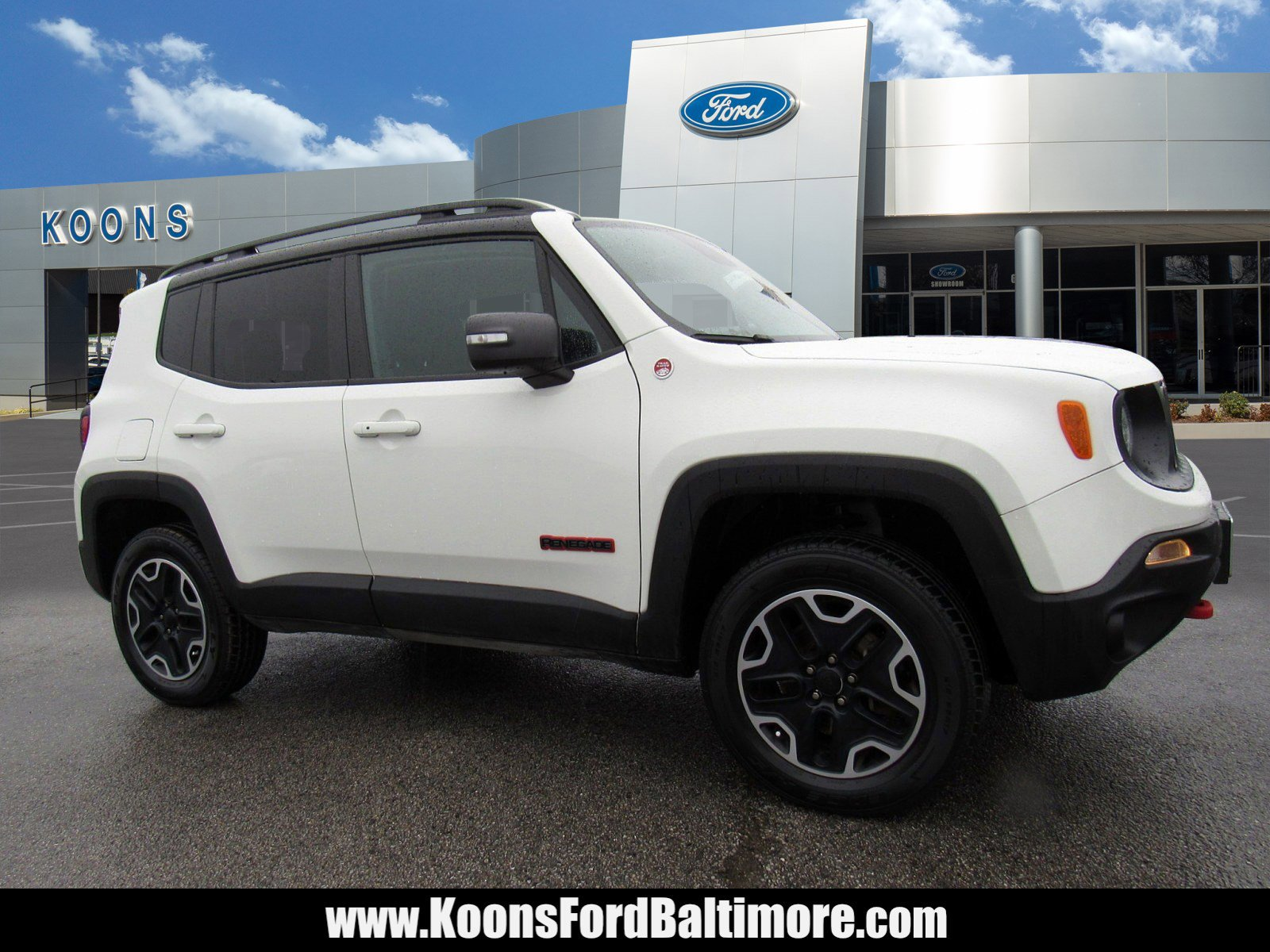 2017 Jeep Renegade 4WD Trailhawk image