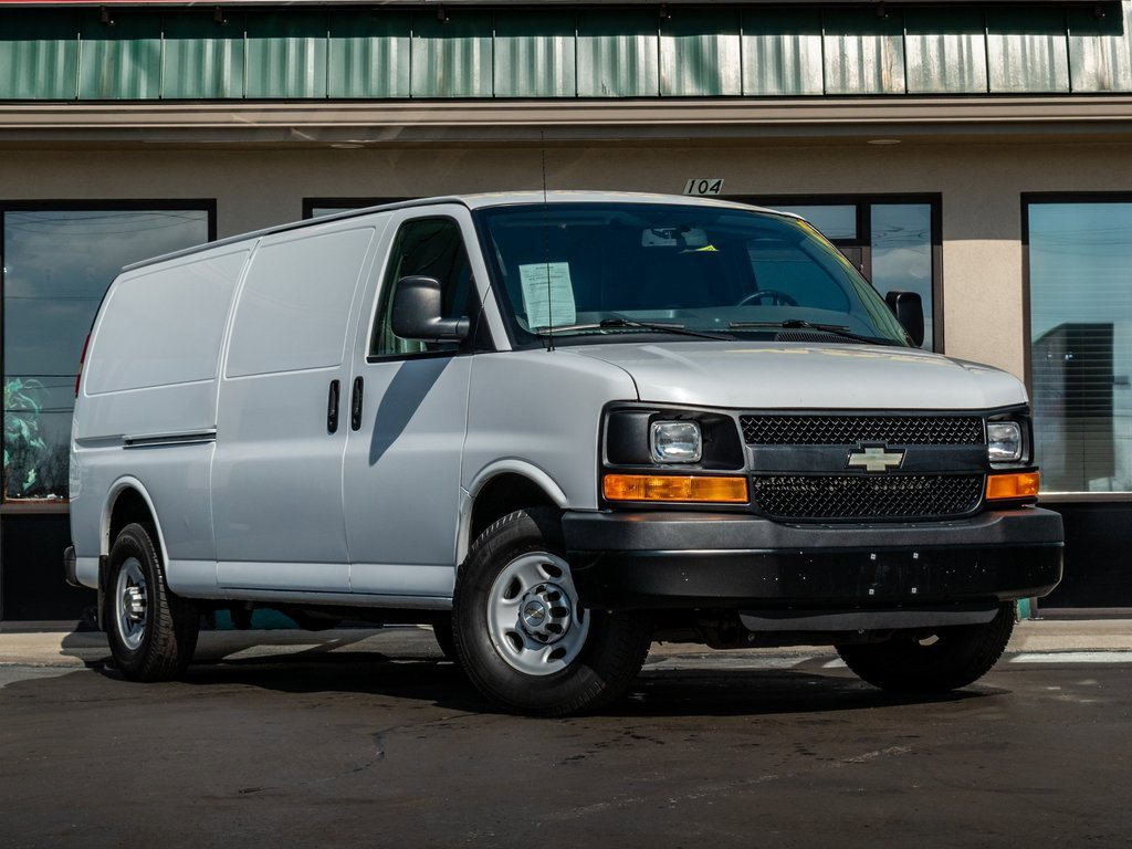 2014 Chevrolet Express 3500 Extended image