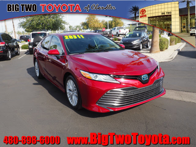 2018 Toyota Camry XLE image