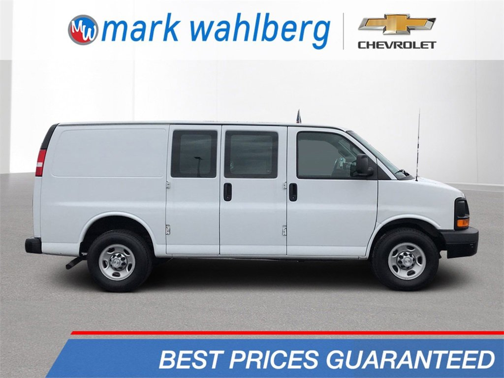 2016 Chevrolet Express 2500  image