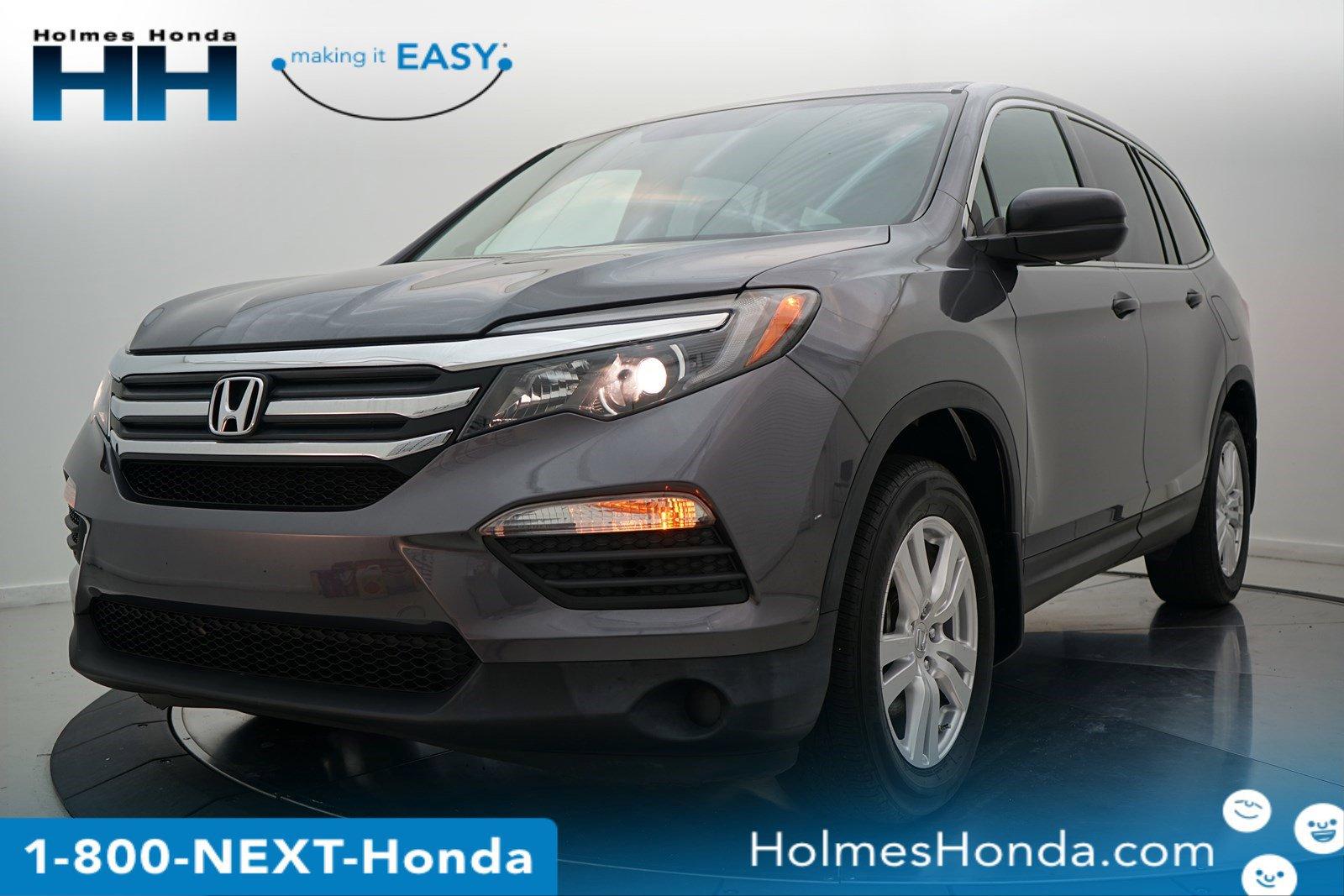 2017 Honda Pilot FWD LX image