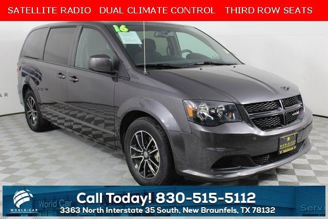 2016 Dodge Grand Caravan SE image