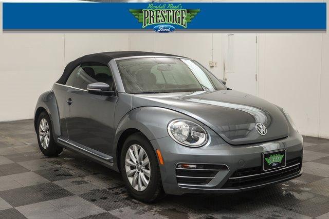 2018 Volkswagen Beetle 2.0T Coast image