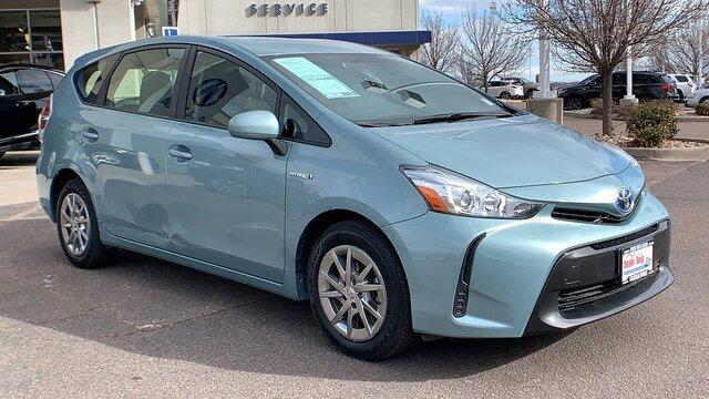 2016 Toyota Prius V Two image