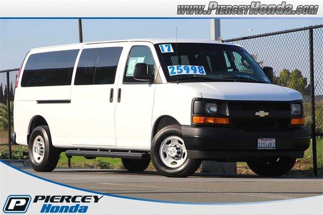 2017 Chevrolet Express 3500 LS Extended Passenger image