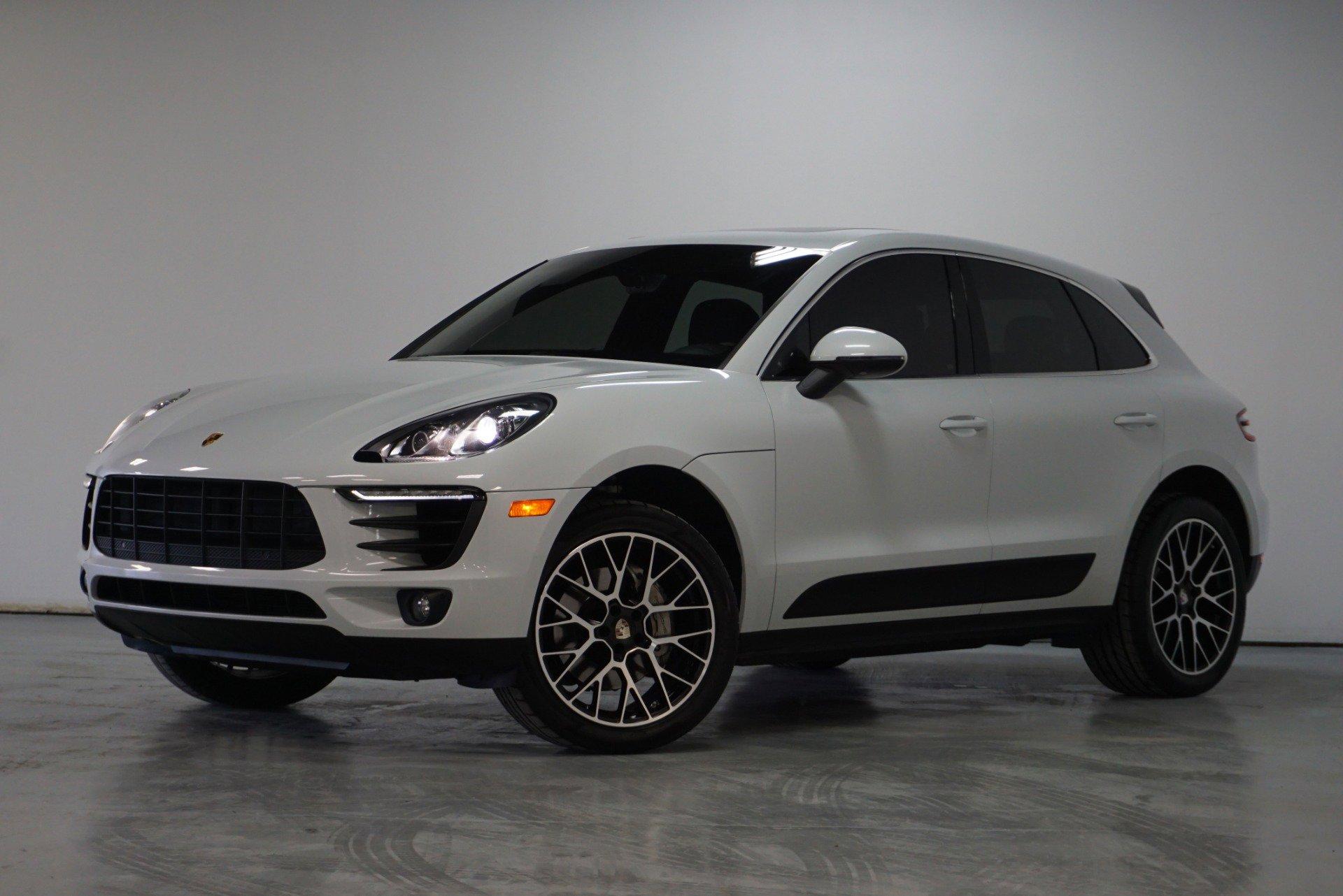 2016 Porsche Macan S image