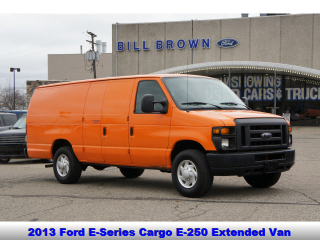 2013 Ford E-250 and Econoline 250 Extended image