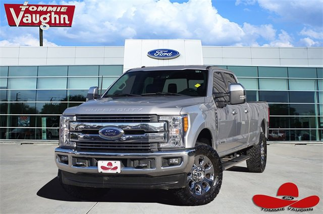 2017 Ford F350 Lariat image