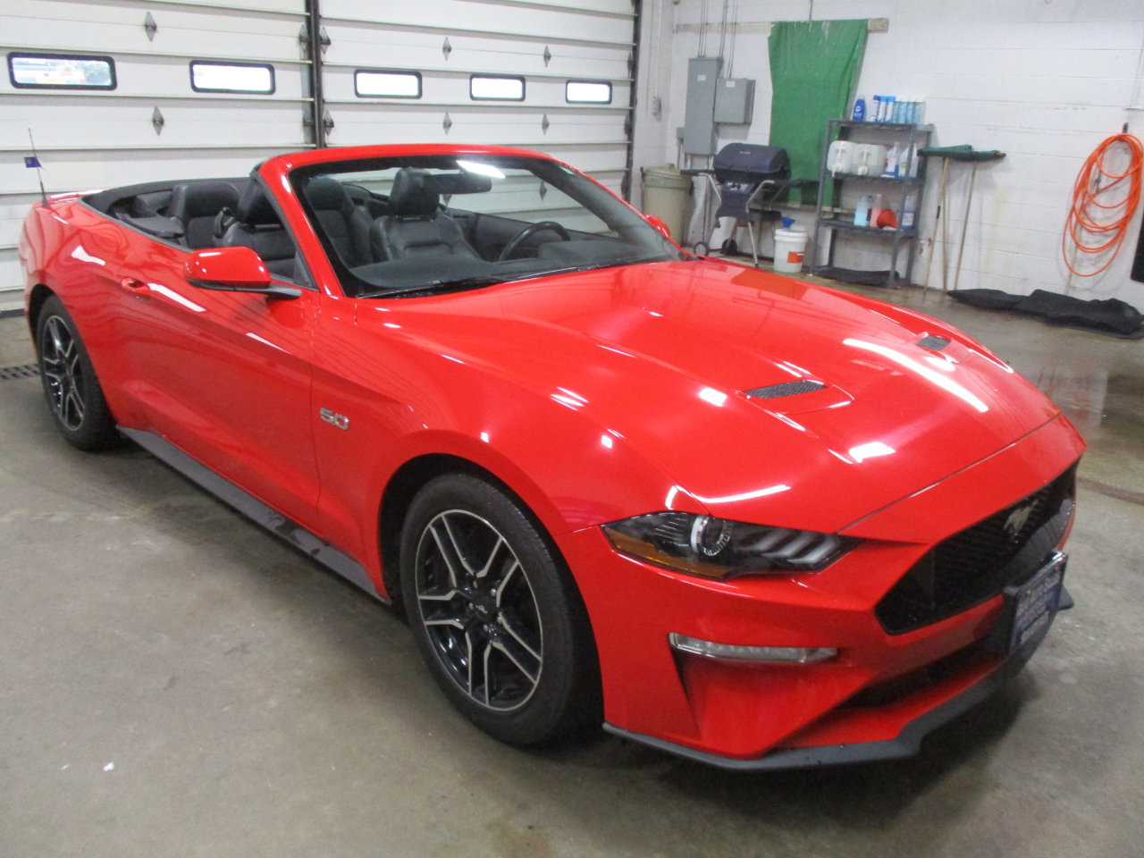 2018 Ford Mustang GT Convertible image