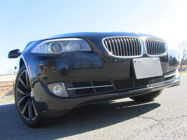 2011 BMW 535i w/ Sport Package image
