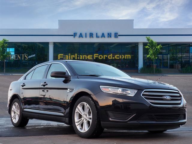 2017 Ford Taurus SE image