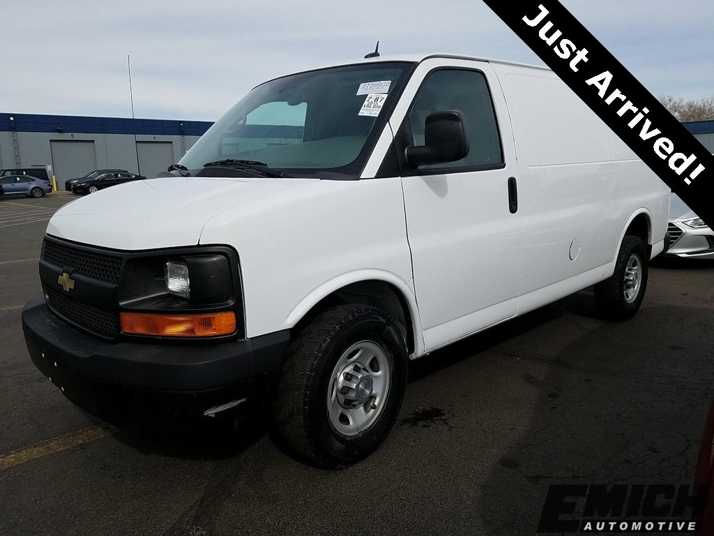 2015 Chevrolet Express 2500  image