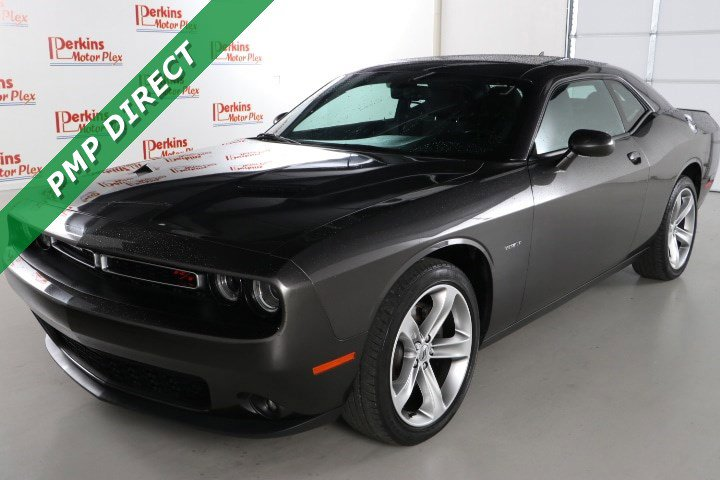 2017 Dodge Challenger R/T w/ Sound Group image