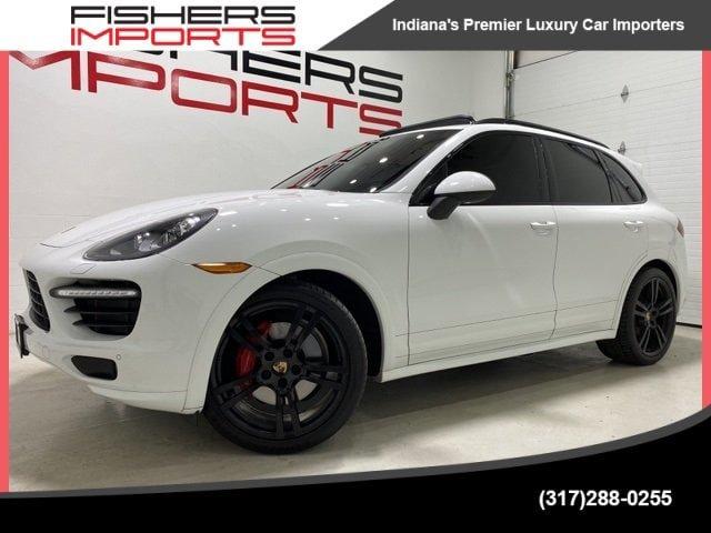 2013 Porsche Cayenne GTS image