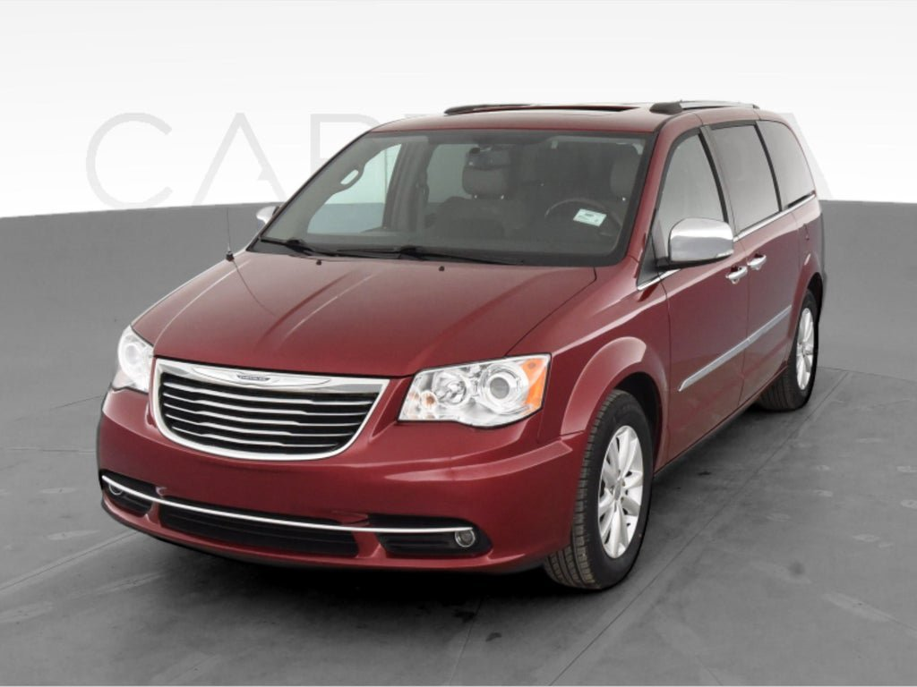 2016 Chrysler Town & Country Limited Platinum image