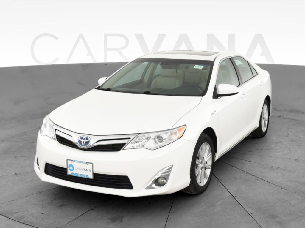 2014 Toyota Camry XLE Hybrid image