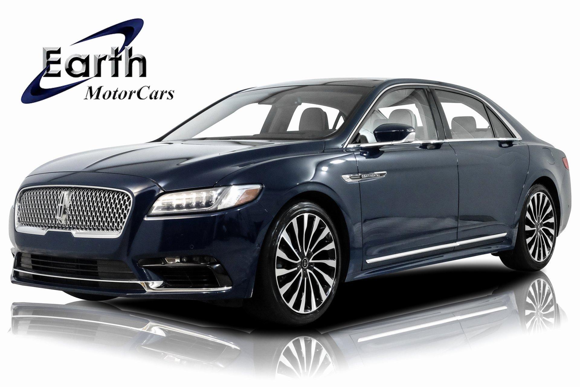 2017 Lincoln Continental Black Label image