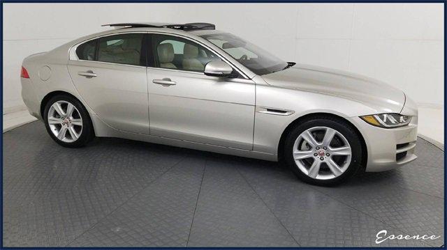2017 Jaguar XE Prestige image