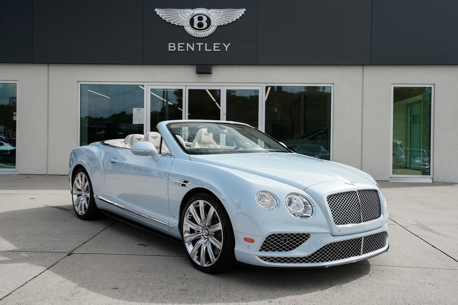 2016 Bentley Continental GT V8 S Convertible image