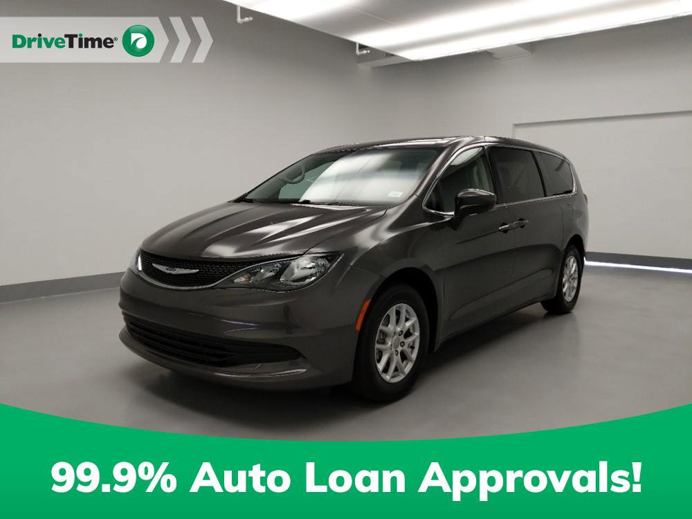 2018 Chrysler Pacifica Touring image